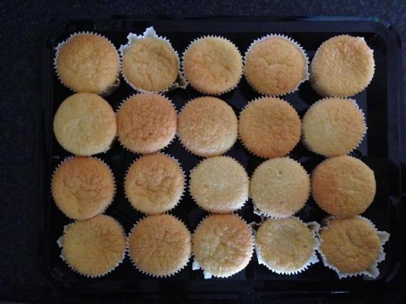 Waarom trek sekere cupcakes se papiertjies weg en sekere nie ?