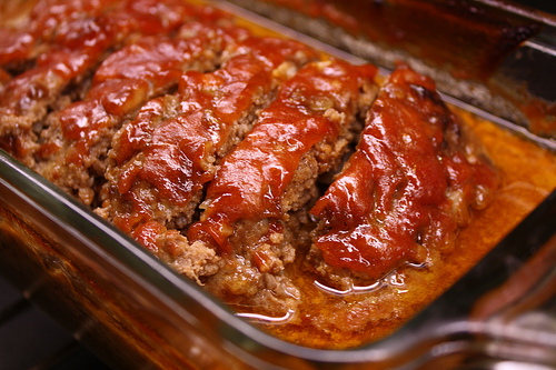 http://cullyskitchen.com/simple-meatloaf-recipe