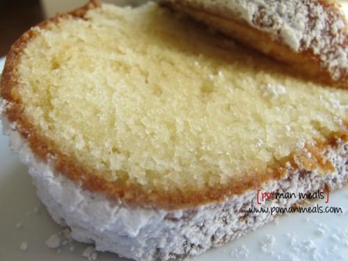 Joghurt vanilla koek Deur: http://www.pomanmeals.com/vanilla-yogurt-cake/